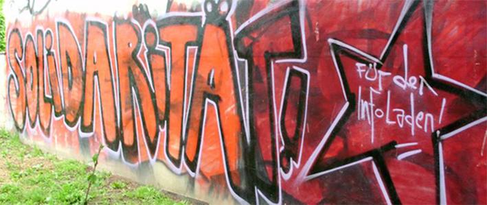 Solidarität wird in Stadtfeld groß und rot an Wände geschrieben...